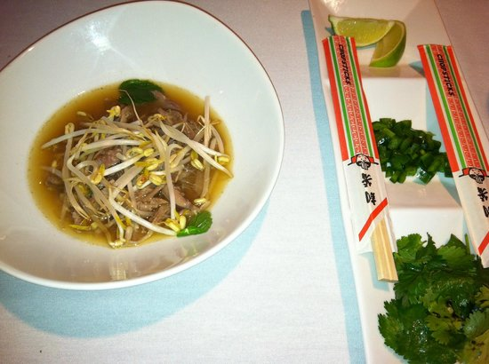 duck and the noodle soup arrive duck pho duck pho 03 roasted duck pho ...