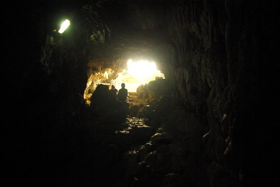 Mawjymbuin Cave:                                     Picture from inside