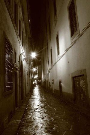Hotel Santa Croce:                   Calle del Hotel,