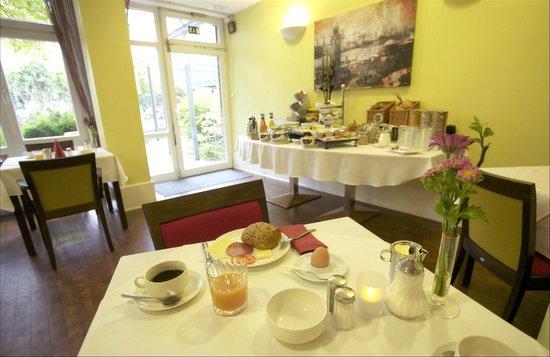 Das Stadthaushotel Altona: Frühstücksbereich