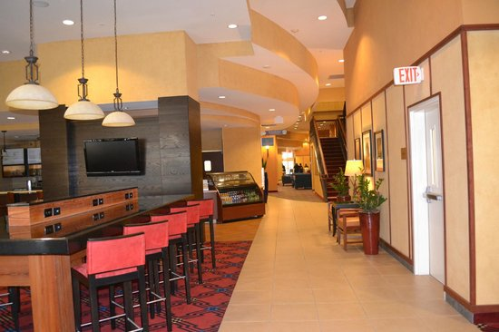 Courtyard by Marriott San Antonio Riverwalk:                   Nice and large dining room
