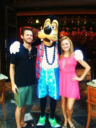 Aulani, a Disney Resort & Spa:                   Character Breakfast :-)
