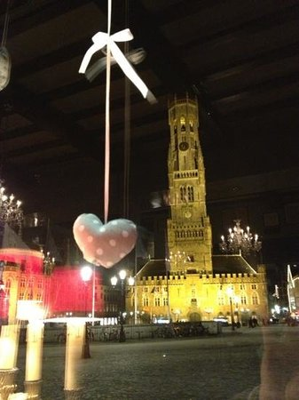 Canalview Hotel Ter Reien: valentines day in Bruges