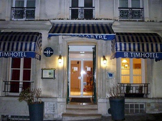 Timhotel Montmartre:                   Вход в отель