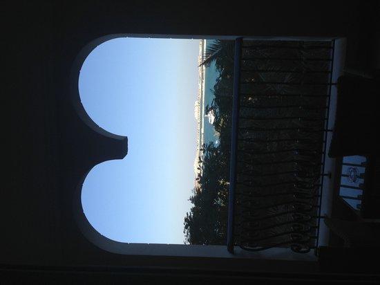 The Westin Dubai Mina Seyahi Beach Resort & Marina: Morning view on balcony