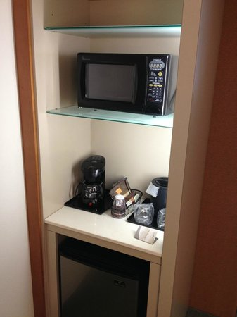 SpringHill Suites McAllen:                   Mini Fridge/Microwave