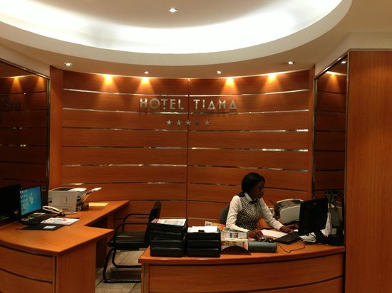 Room photo de hotel tiama abidjan tripadvisor for Prix des hotels