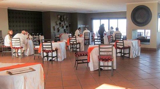 Mangwanani Spa @ Zevenwacht Winery :                   dining room