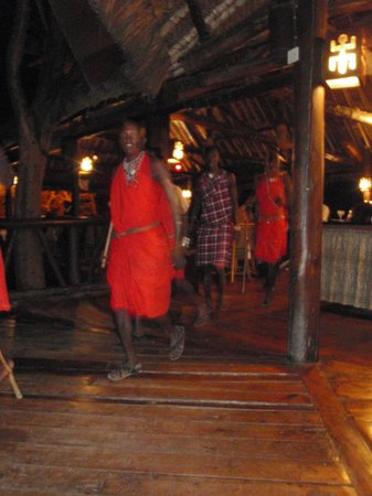 Mara Simba Lodge:                   the Masai performing during dinner