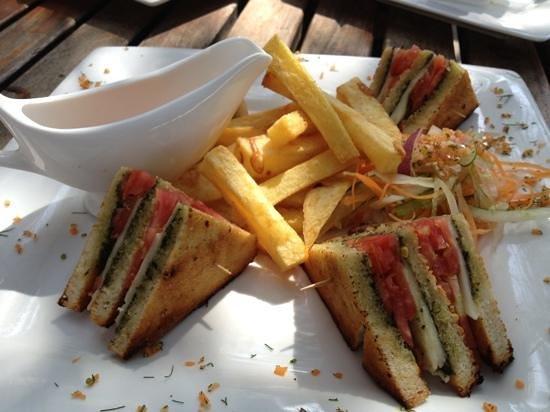 Kilima Kidogo Bar & Restaurant :                                     mozzarella, tomato and basil pesto club sandwich