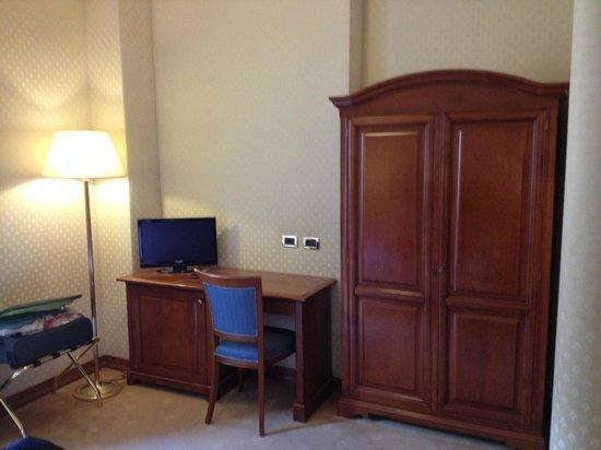 Hotel Oceania: Inside room