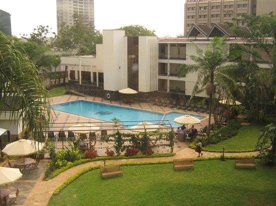 Jacaranda Nairobi Hotel: hotel pool