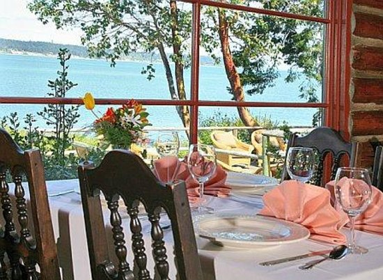 The Captain Whidbey Inn Restaurant : Views of Penn Cove