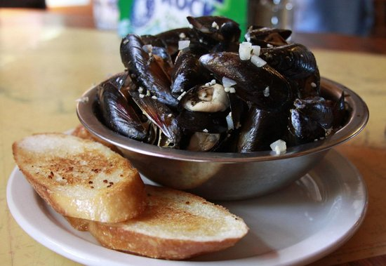 The Captain Whidbey Inn Restaurant : Penn Cove mussels...a Whidbey favorite!
