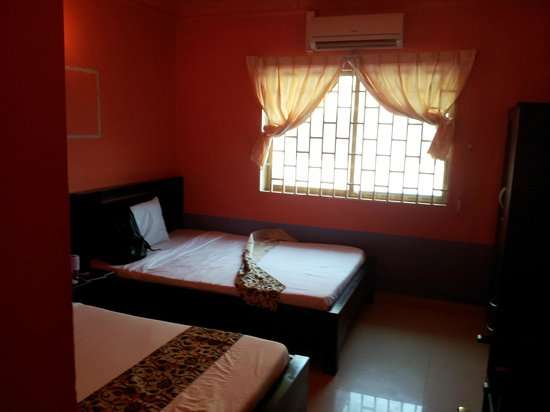 The King Angkor Villa :                   Room