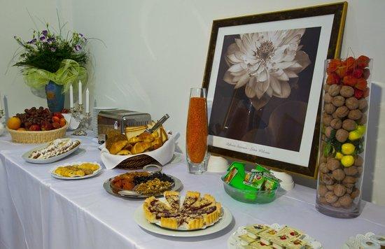 Best Western Plus Atakent Park Hotel:                   Fantastic Breakfast!