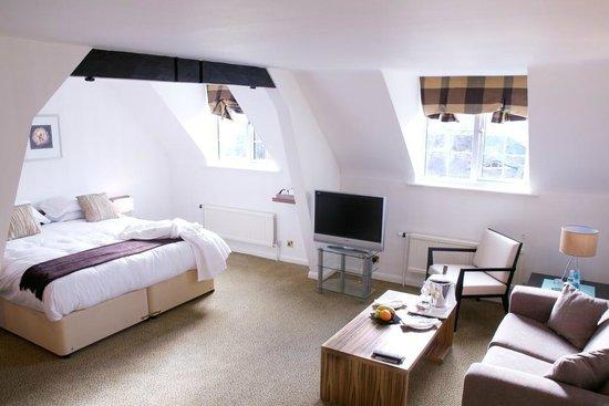 Lythe Hill Hotel Reviews