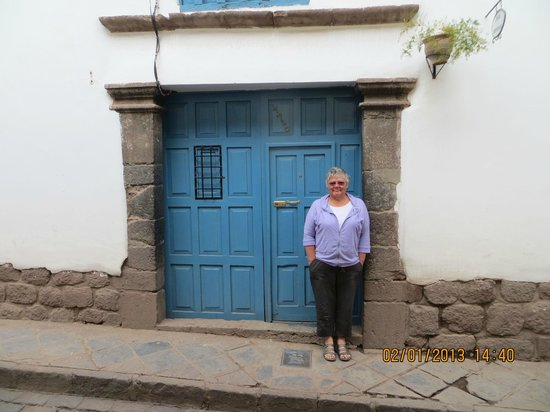 Ninos Hotel Fierro :                                     outsiide entrance door