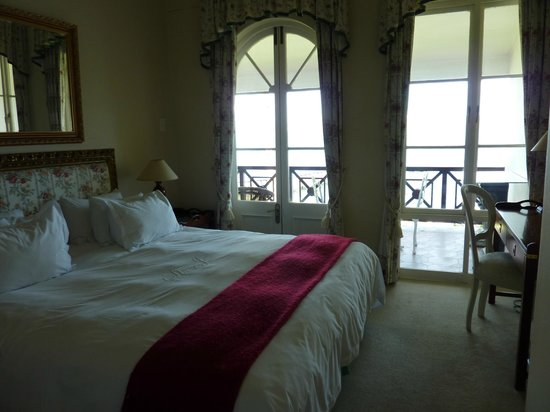 The St. James of Knysna:                   Lady Anne suite