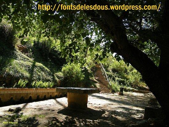 Ca La Laia: fuentes de las Dous