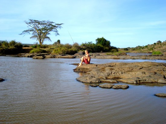 Laikipia Wilderness Camp :                   Fishing on the river