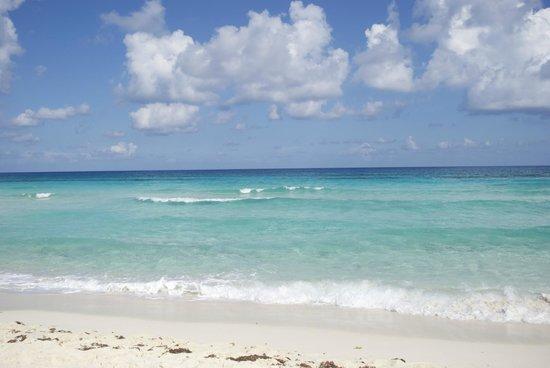 Playa de San Martin: Panoramic view of the beach