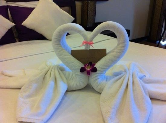 ORCHID HOTEL:                   all the sweet touches to make you feel welcome...