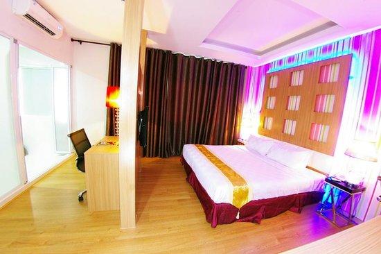D'Hotel : Deluxe Suite