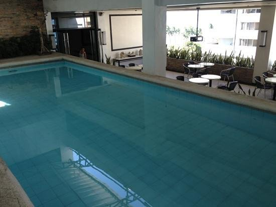 G Hotel Manila by Waterfront:                   pool on top level