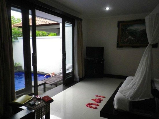 Karana Resort Ubud:                   Pool off bedroom