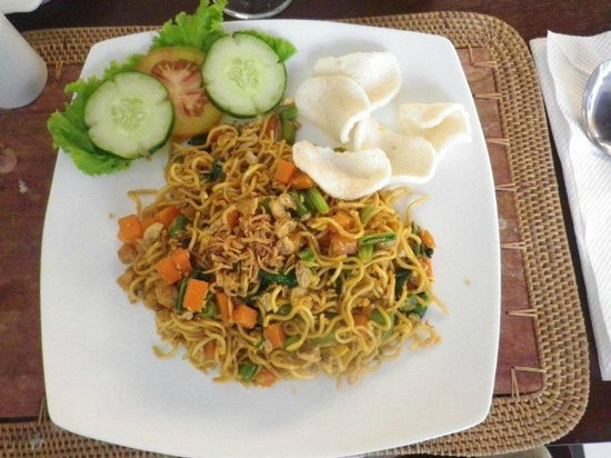 Evita Villa:                   Fried noodles
