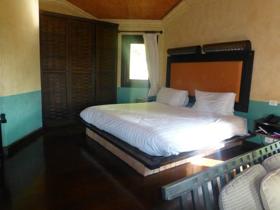 Mangosteen Resort & Ayurveda Spa:                   Our room