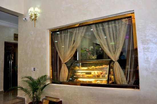Chelsea Hotel: Pastry Display at wuse 2