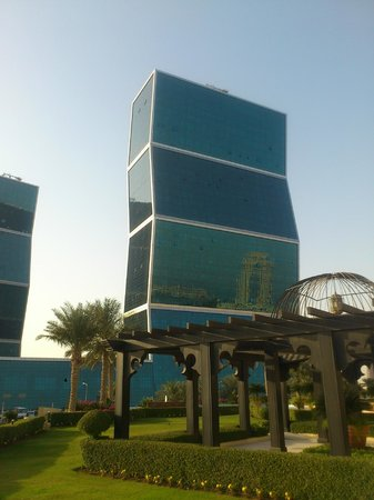 Grand Hyatt Doha Hotel & Villas:                   shopping mall opposite
