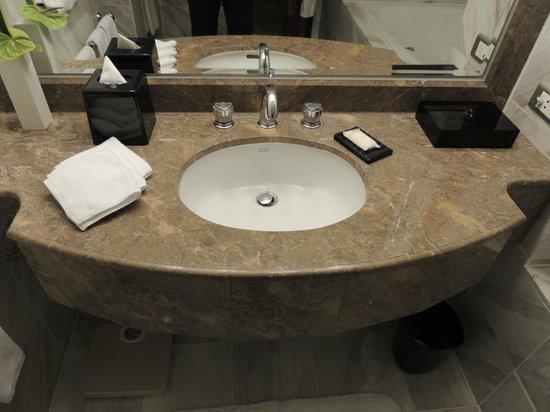 รีเจนท์ ไทเป โฮเต็ล:                   洗面台