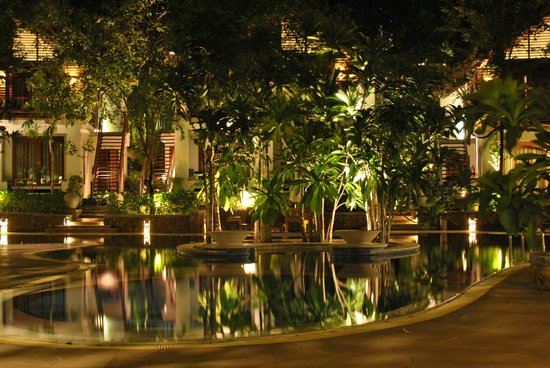 The Tubkaak Krabi Boutique Resort:                   Pool at night