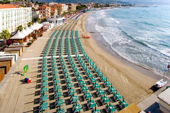 Hotel Villa Igea: Private Beach