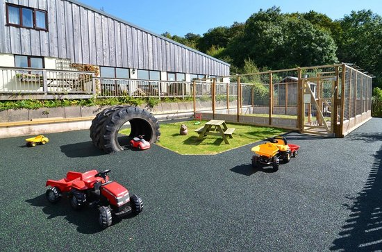 Knowle Farm: Toddler 'Race Track' & Walk-in Rabbit Area