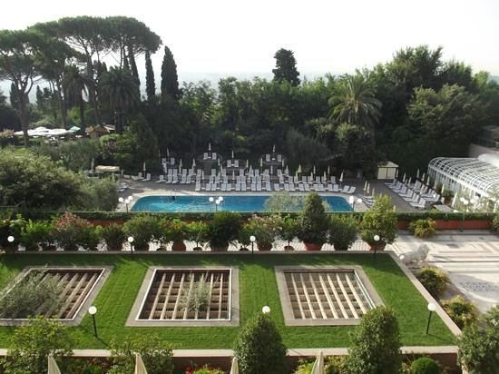 Rome Cavalieri, Waldorf Astoria Hotels & Resorts:                   view from room during the day