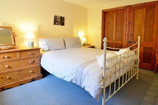 Knowle Farm: Woodbine Bedroom