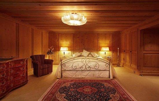 Hotel Seehof Davos: Schlafzimmer Parsenn Suite