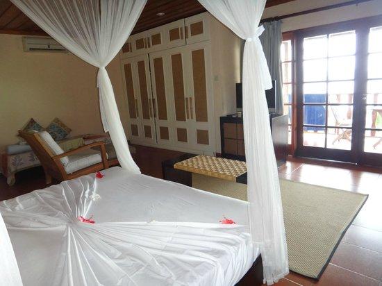 Hotel L'Archipel:                   Вместительные шкафы