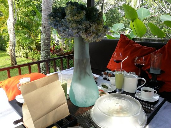 The Samaya Bali Ubud:                   breakfast in villa