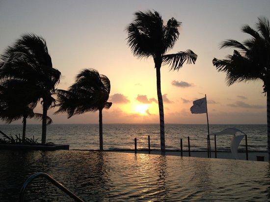 Villa del Palmar Cancun Beach Resort & Spa:                   Sunrise