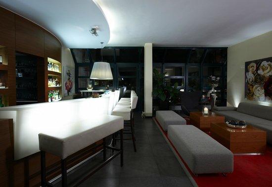 Hotel Restaurant Zeller: Bar