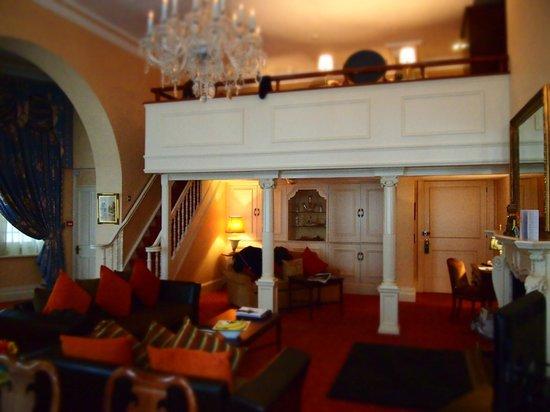 Chateau La Chaire:                                     Mezzanine Bedroom