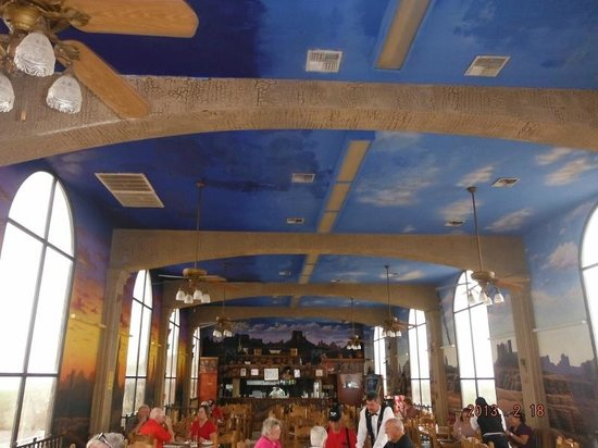 Nuevo Progresso, Meksyk: Painted ceiling at Arizona Restaurant
