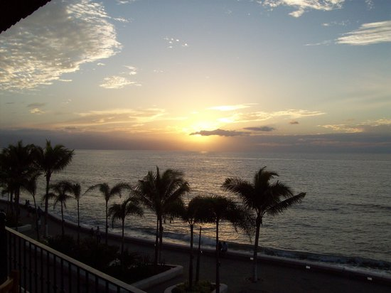 Canto Del Sol Plaza Vallarta:                                     sunset