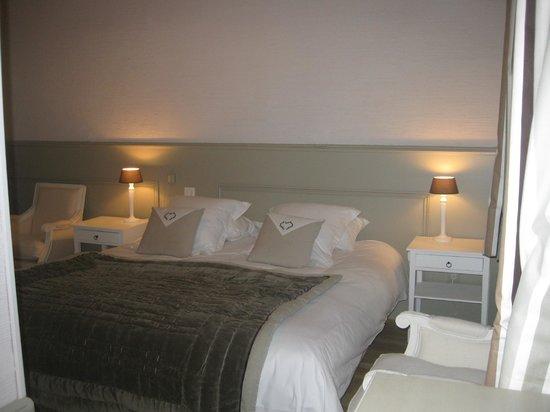 Hotel de L'Amphitheatre : chambre double