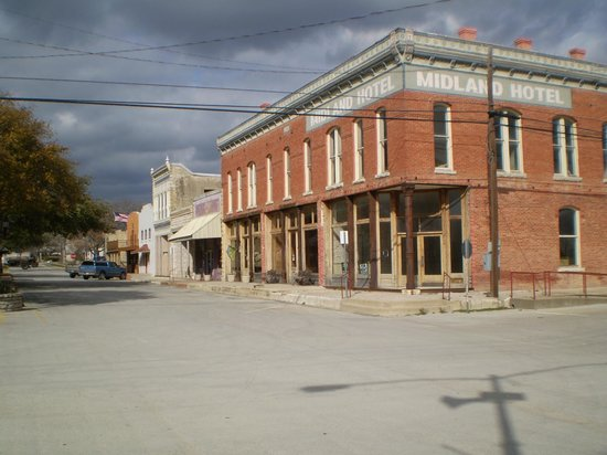 Billy the Kid Museum:                   main St Hico, Texas